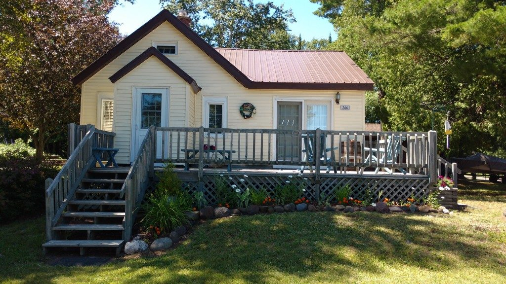 Copper Harbor Lodging, Copper Harbor Cottage Rental